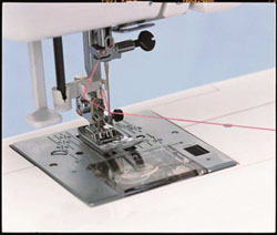 Special janome janome jeans stretch 8077 519 00 machine coudre surjeteuses - Enfilage machine a coudre ...