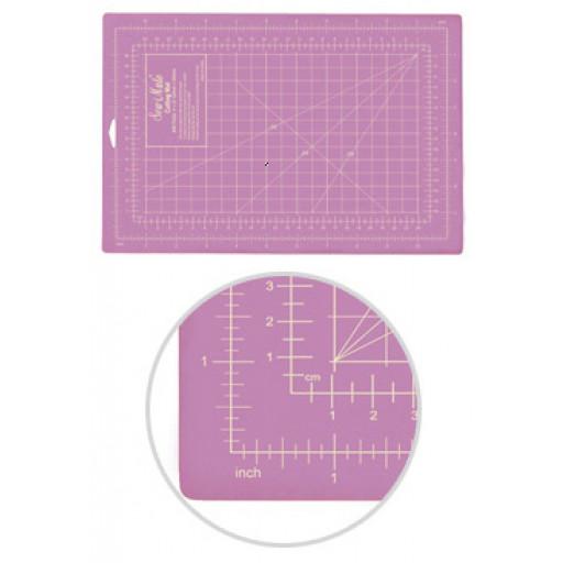 Planche de découpe patchwork SEW MATE MAUVE 90 X 60 CM